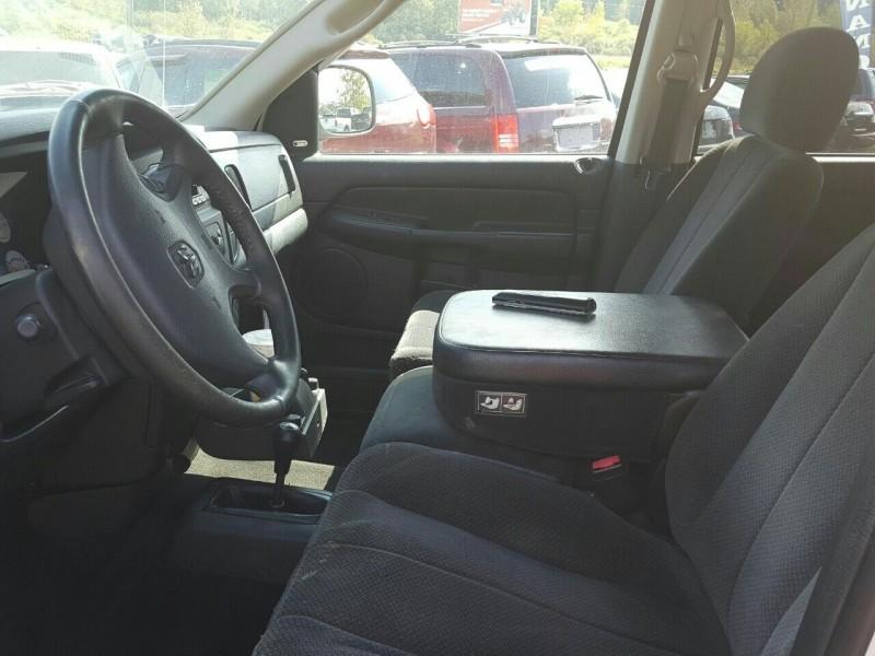 Dodge Ram Pickup 2500 2003 price $10,995