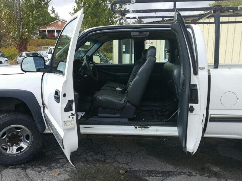 Chevrolet Silverado 2500HD 2001 price $6,995