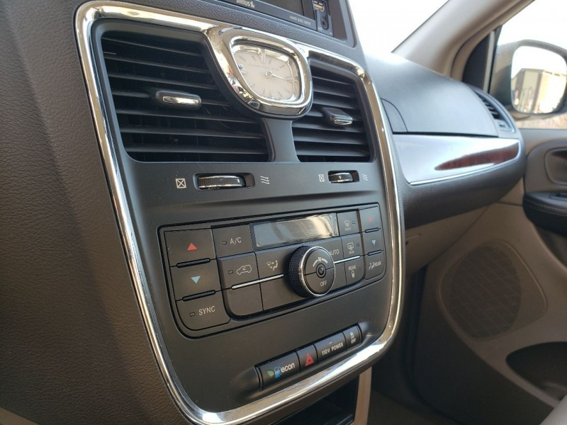 Chrysler Town and Country 2012 price $7,495