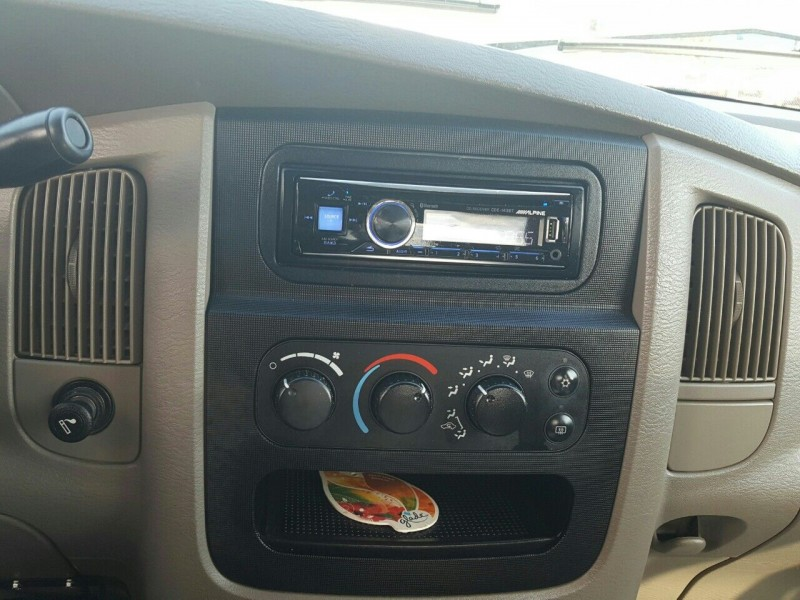 Dodge Ram Pickup 1500 2004 price $10,995