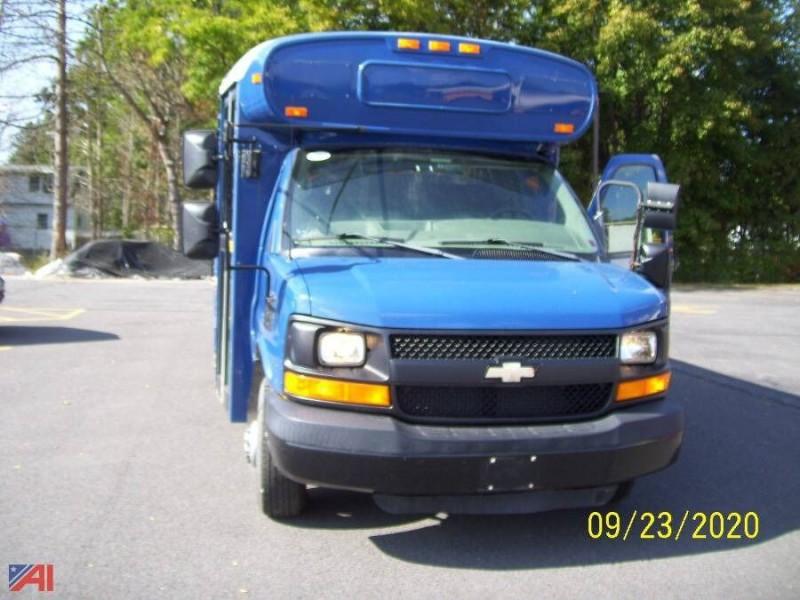 Chevrolet Express Cutaway 2005 price $6,995