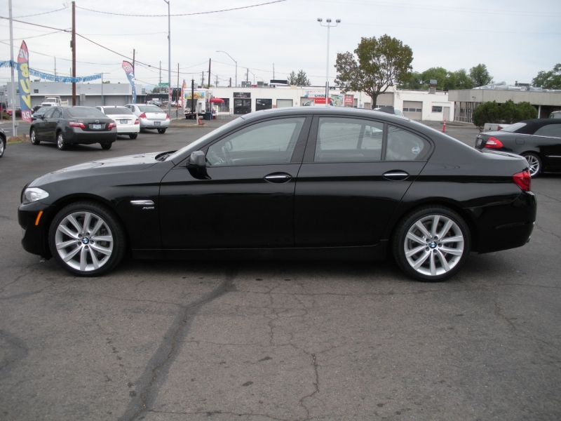 BMW 5-Series 2011 price $13,999