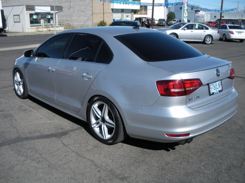 Volkswagen Jetta Sedan 2015 price $10,999