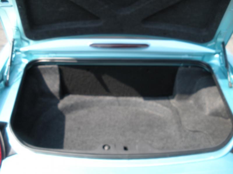 Ford Thunderbird 2002 price $11,999
