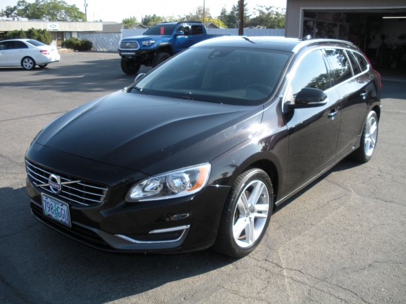 Volvo V60 2015 price $11,499