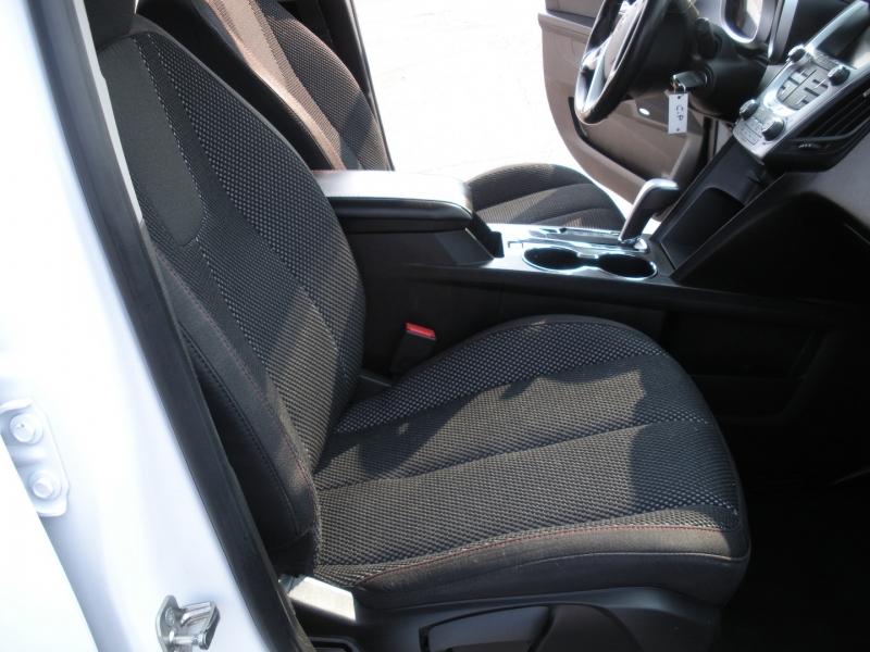 Chevrolet Equinox 2012 price $7,999
