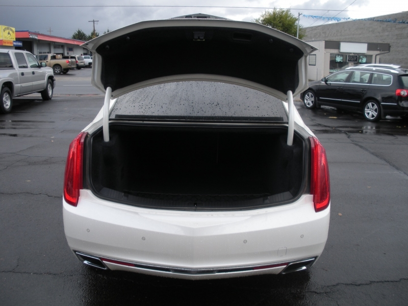 Cadillac XTS 2013 price $19,999