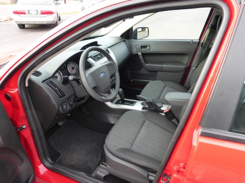 Ford Focus 2008 price $5,999