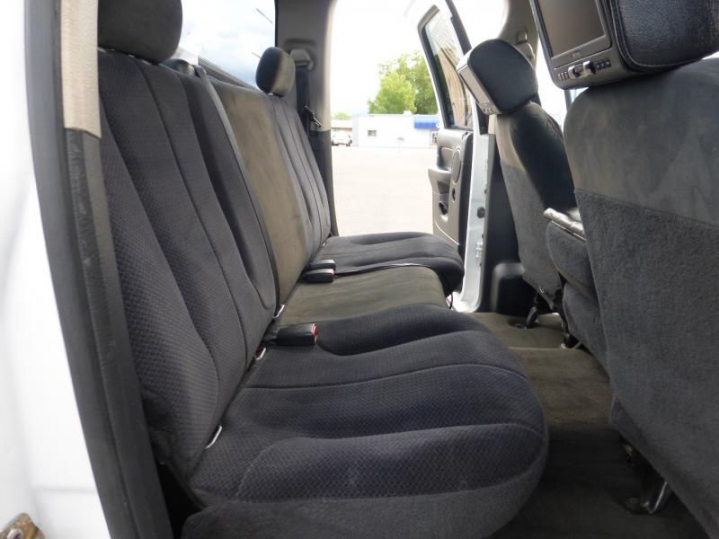 Dodge Ram 2500 2004 price $28,999
