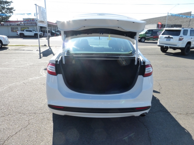 Ford Fusion 2014 price $11,999