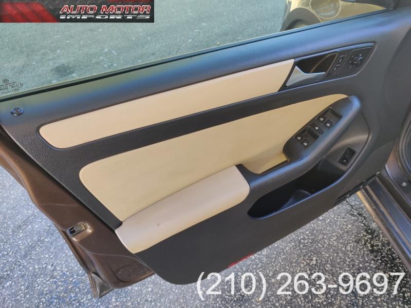 Volkswagen Jetta Sedan 2012 price $4,995