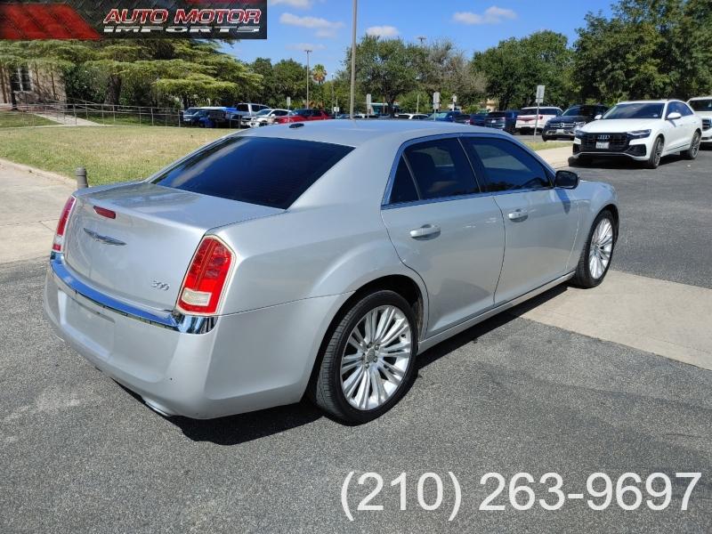 Chrysler 300-Series 2012 price $8,495