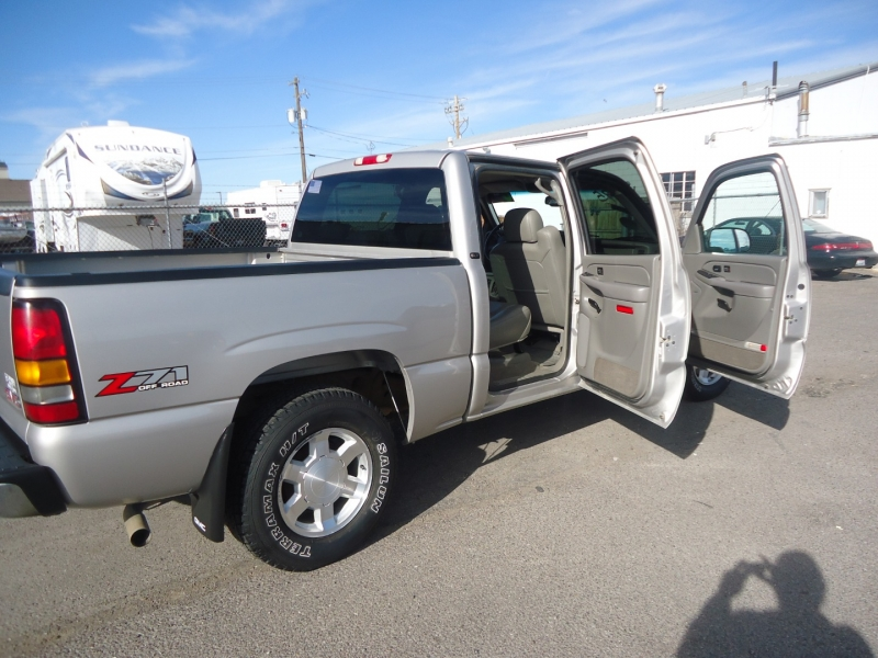GMC Sierra 1500 2005 price $13,995