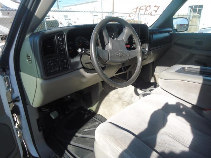 Chevrolet Tahoe 2004 price $5,495