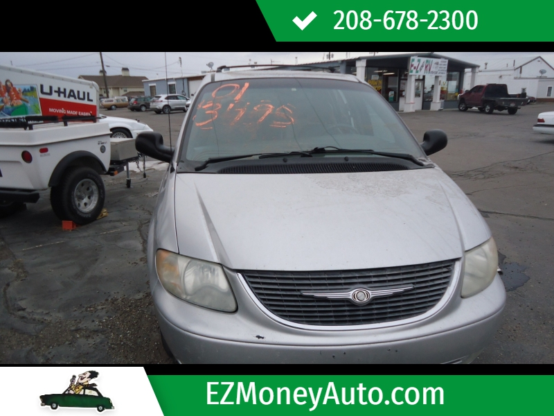 Chrysler Town & Country 2001 price $3,495