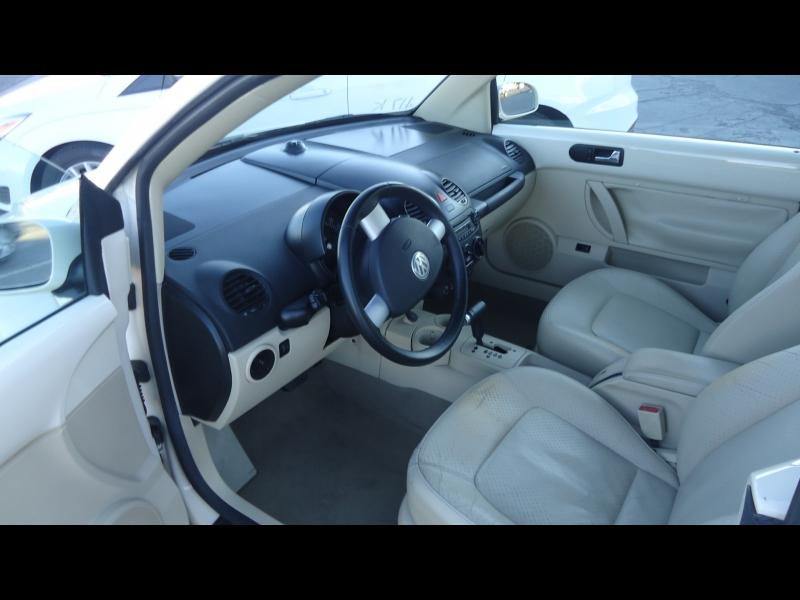 Volkswagen New Beetle Convertible 2005 price $4,995
