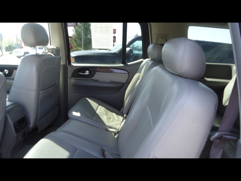 GMC Envoy XL 2006 price $6,995