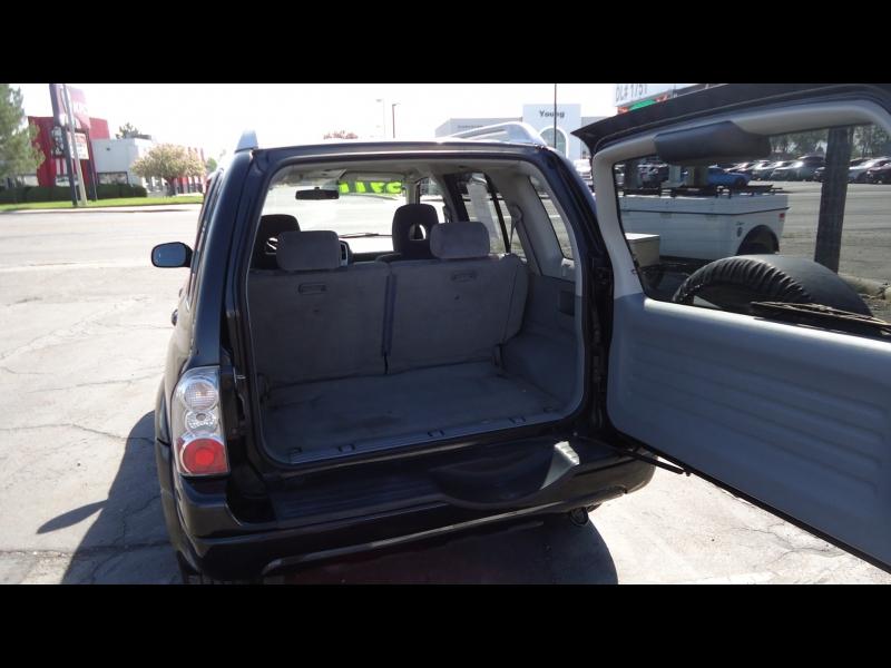 Suzuki Grand Vitara 2004 price $5,977