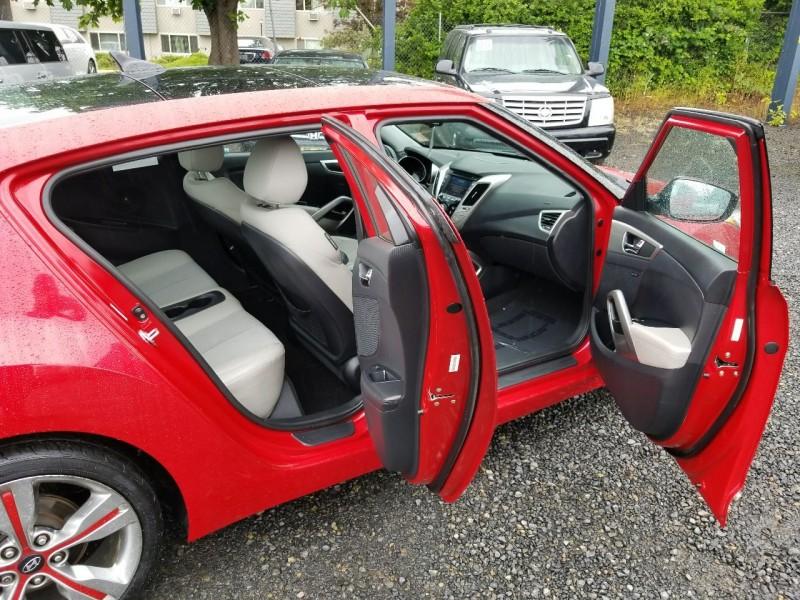 Hyundai Veloster 2012 price $8,495