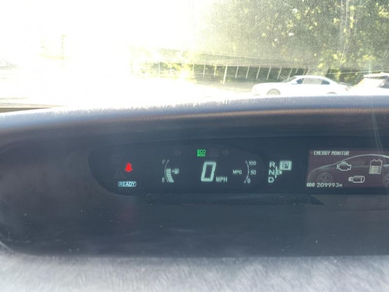 Toyota Prius 2012 price $4,950