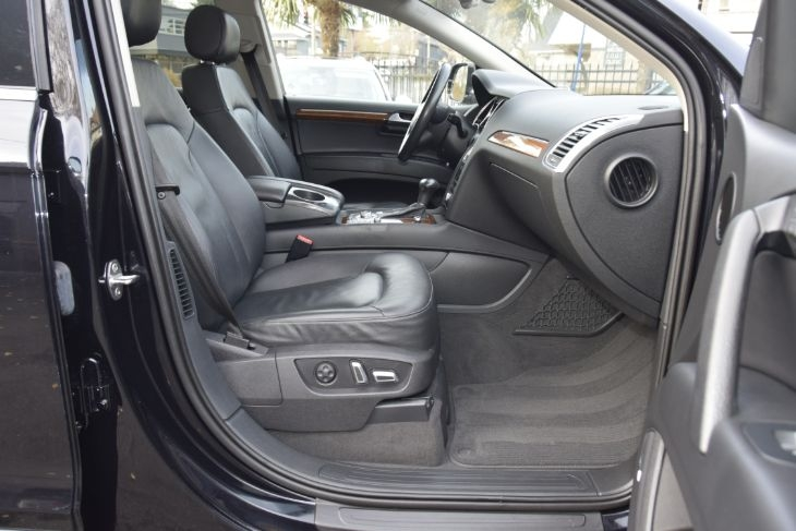 Audi Q7 2014 price $30,000