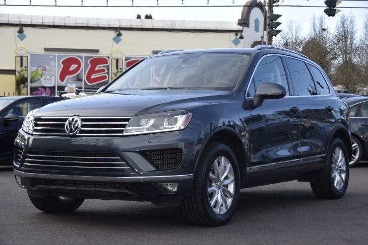 Volkswagen Touareg 2016 price $35,000
