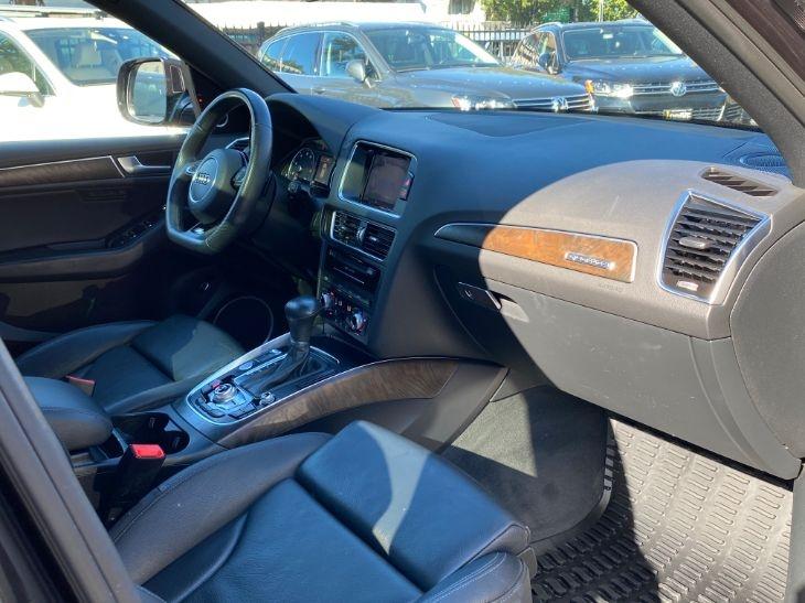 Audi Q5 2016 price $28,000