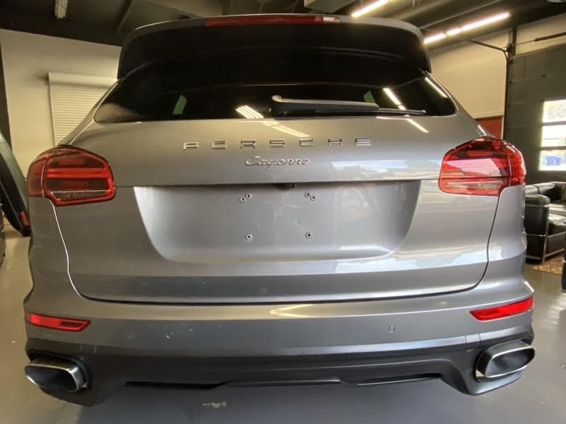 Porsche Cayenne 2015 price $40,000
