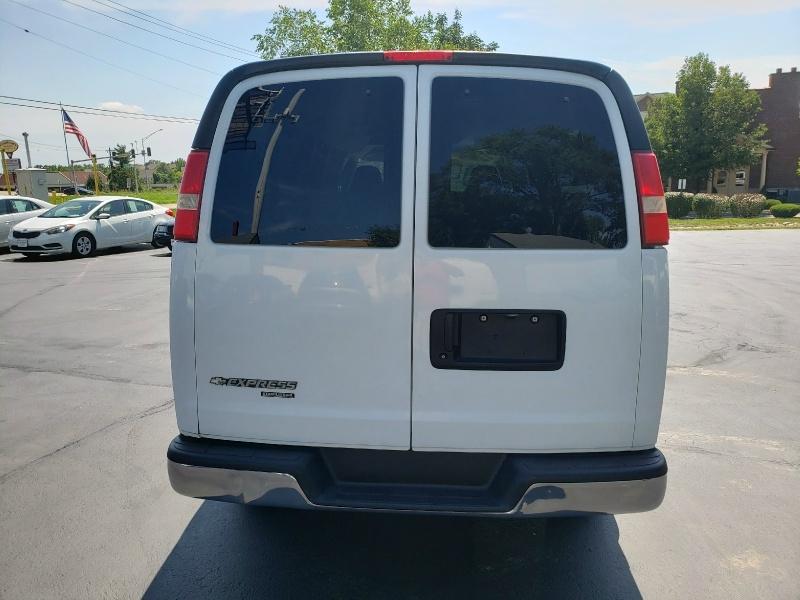 Chevrolet Express Passenger 2008 price $10,995