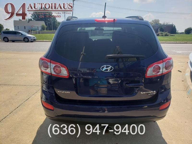 Hyundai Santa Fe 2010 price $8,995