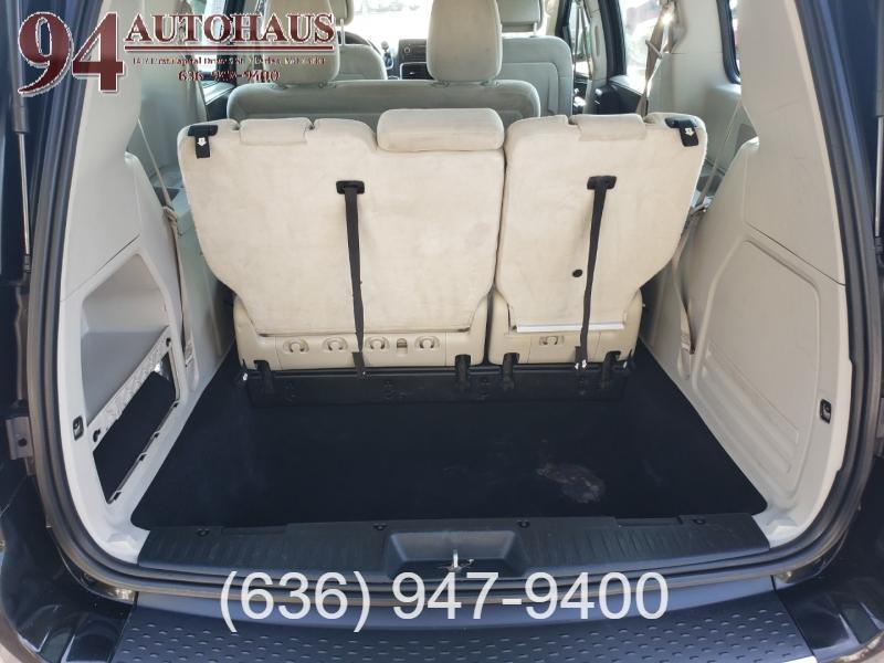 Dodge Grand Caravan 2015 price $8,995