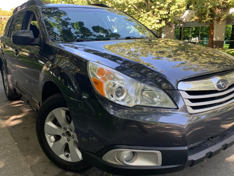 Subaru Outback 2010 price $8,380