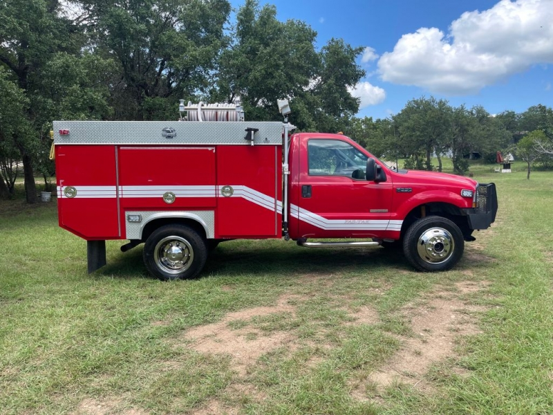 Ford F550 2003 price $26,900