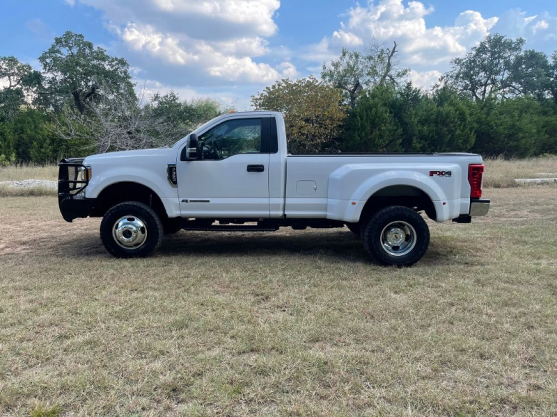 FORD F350 2017 price $31,900