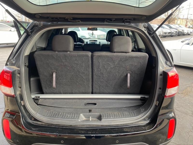 Kia Sorento 2014 price $8,500