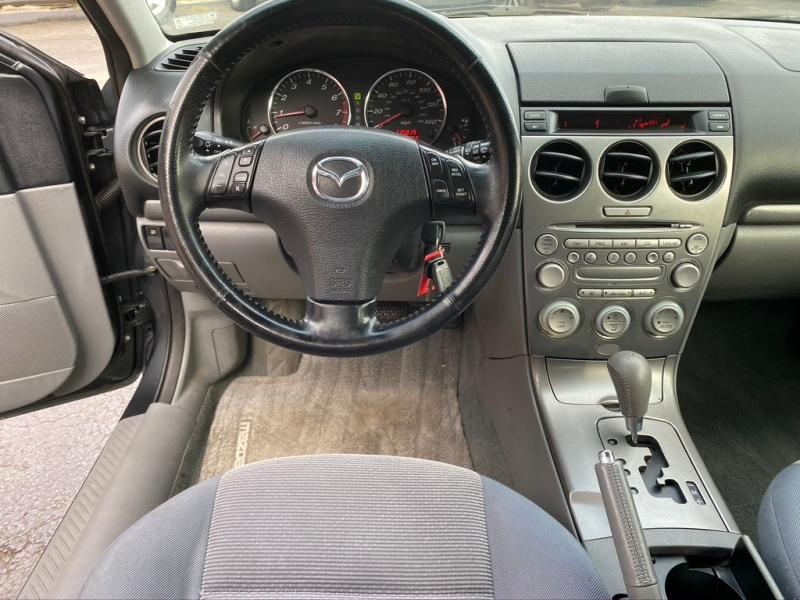 Mazda 6 2004 price $1,995