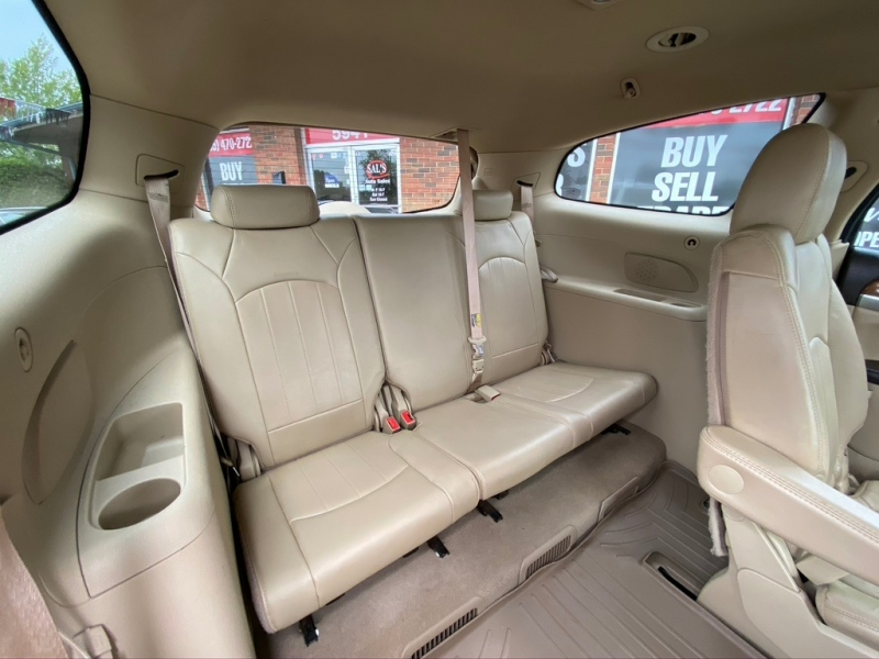 Buick Enclave 2011 price $7,995