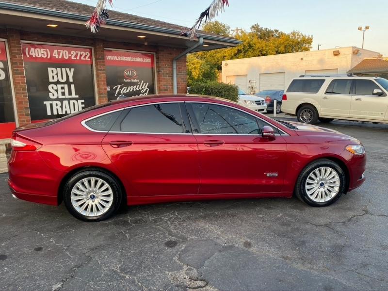 Ford Fusion 2013 price $8,995 Cash