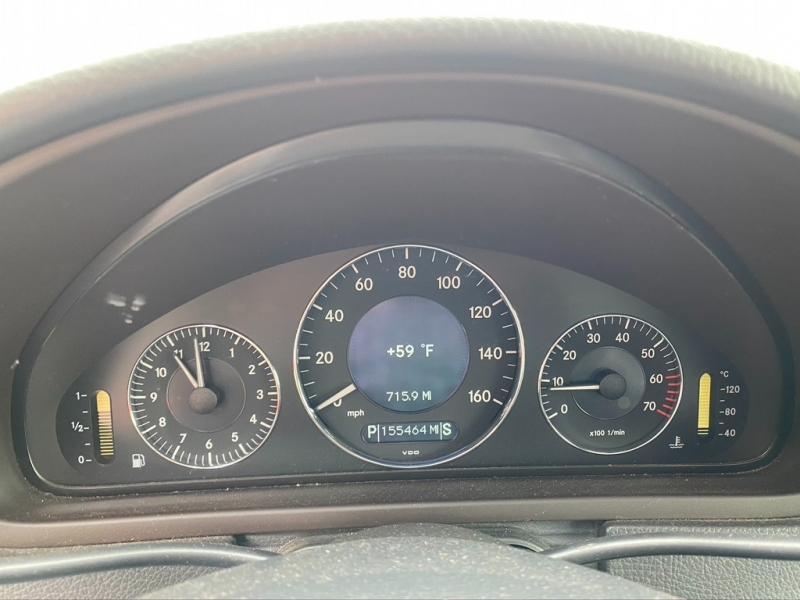 Mercedes-Benz CLK320 2004 price $4,995 Cash