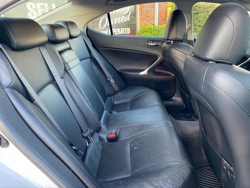 Lexus IS 250 2008 price $7,500 Cash