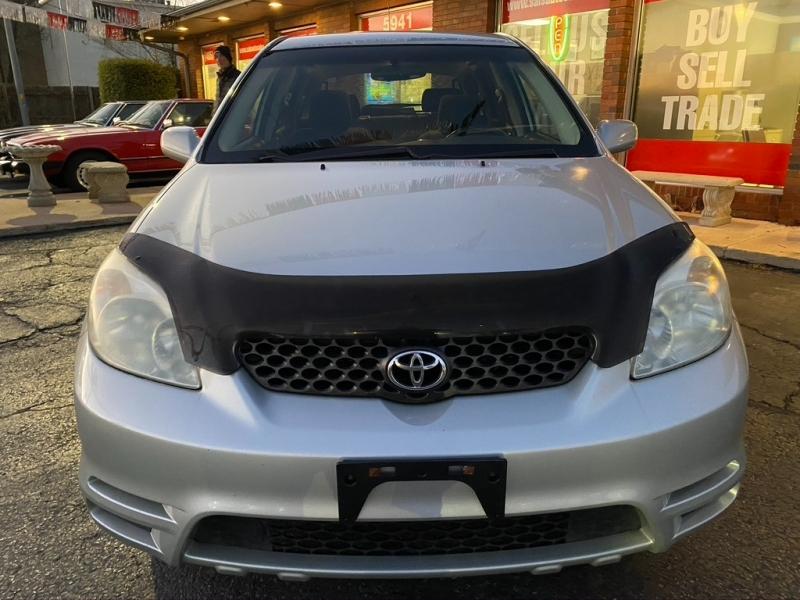 Toyota Matrix 2004 price $3,995 Cash
