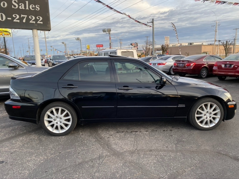 Lexus IS 300 2003 price $6,500 Cash