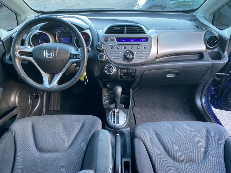 Honda Fit 2011 price $5,900 Cash