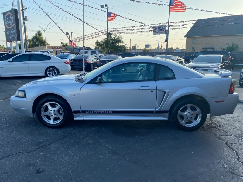 Ford Mustang 2002 price $5,500 Cash