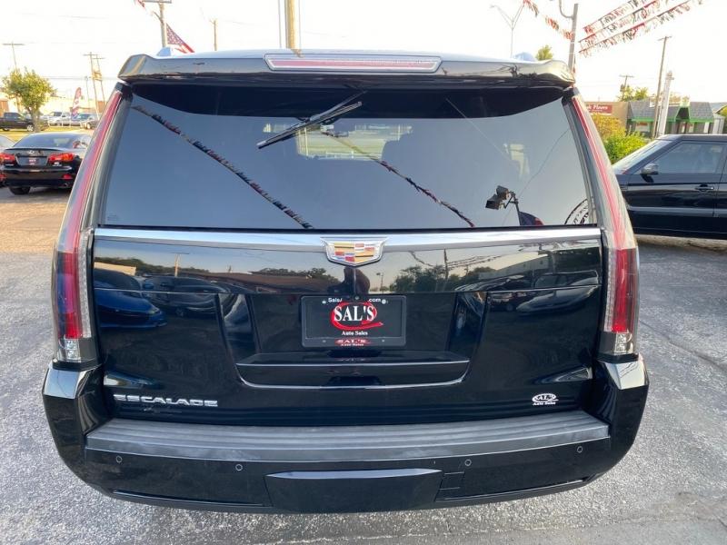 Cadillac Escalade ESV 2017 price $37,995
