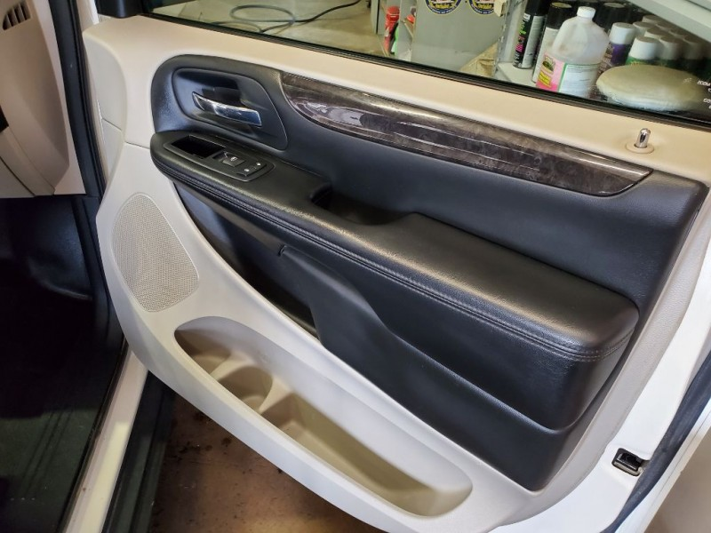 DODGE RAM VAN 2012 price $6,995