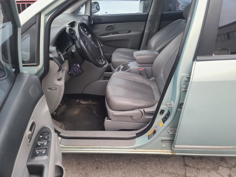 Kia Rondo 2008 price $4,499