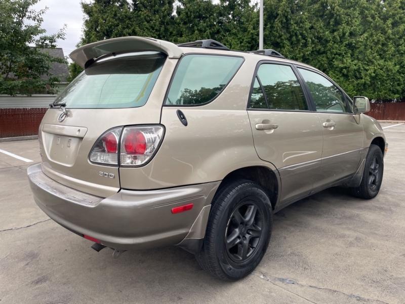 LEXUS RX 2002 price $5,900