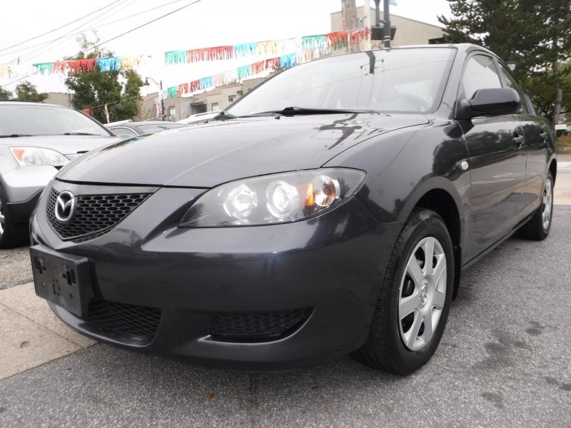 Mazda 3 2006 price $3,800