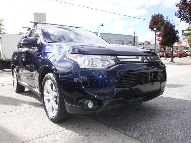 Mitsubishi  2014 price $13,800